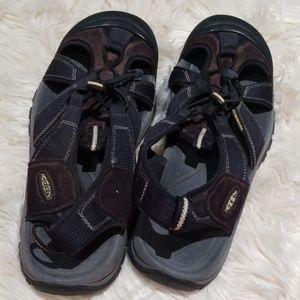 Keen mens sz. 12.5 brown suede sandals waterproof